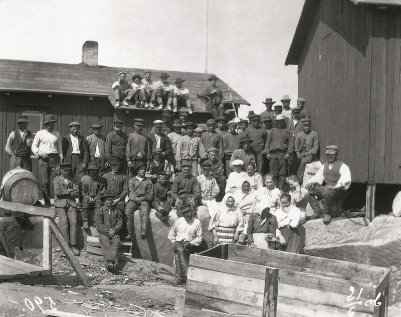 Foto av byggnadsarbetare 1906.